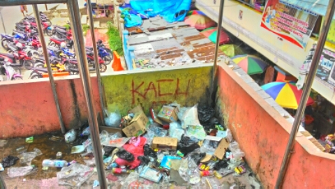 Kebersihan Pasar Tambaruni Fakfak